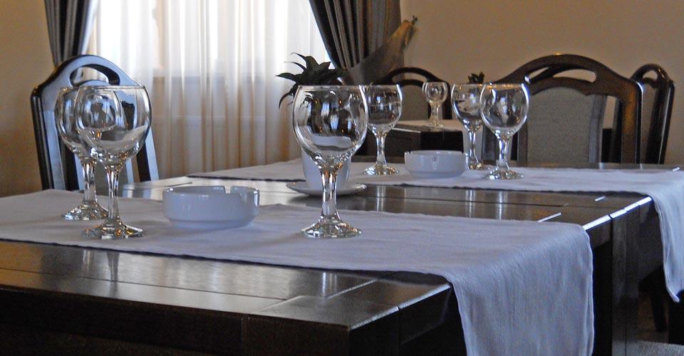 restaurantpiatraneamt-01